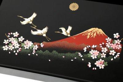画像1: (菊紋入)長手盆 木製 黒塗り 一富士二鶴三桜